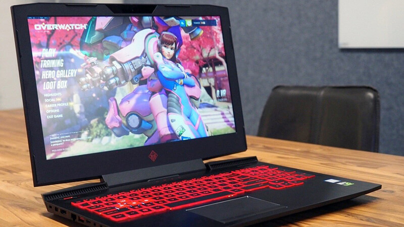 Hp Omen Laptop playing overwatch
