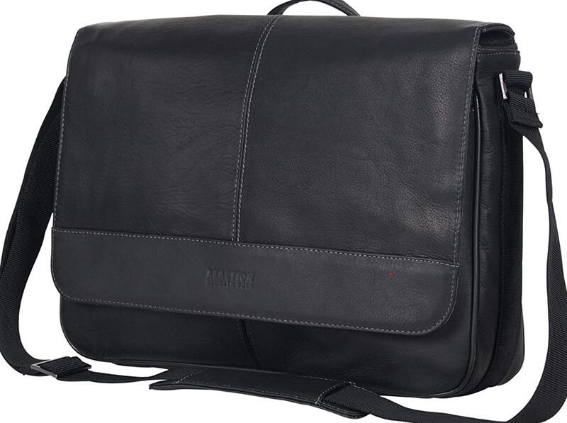 Kenneth Cole Reaction Risky Business Messenger Bag