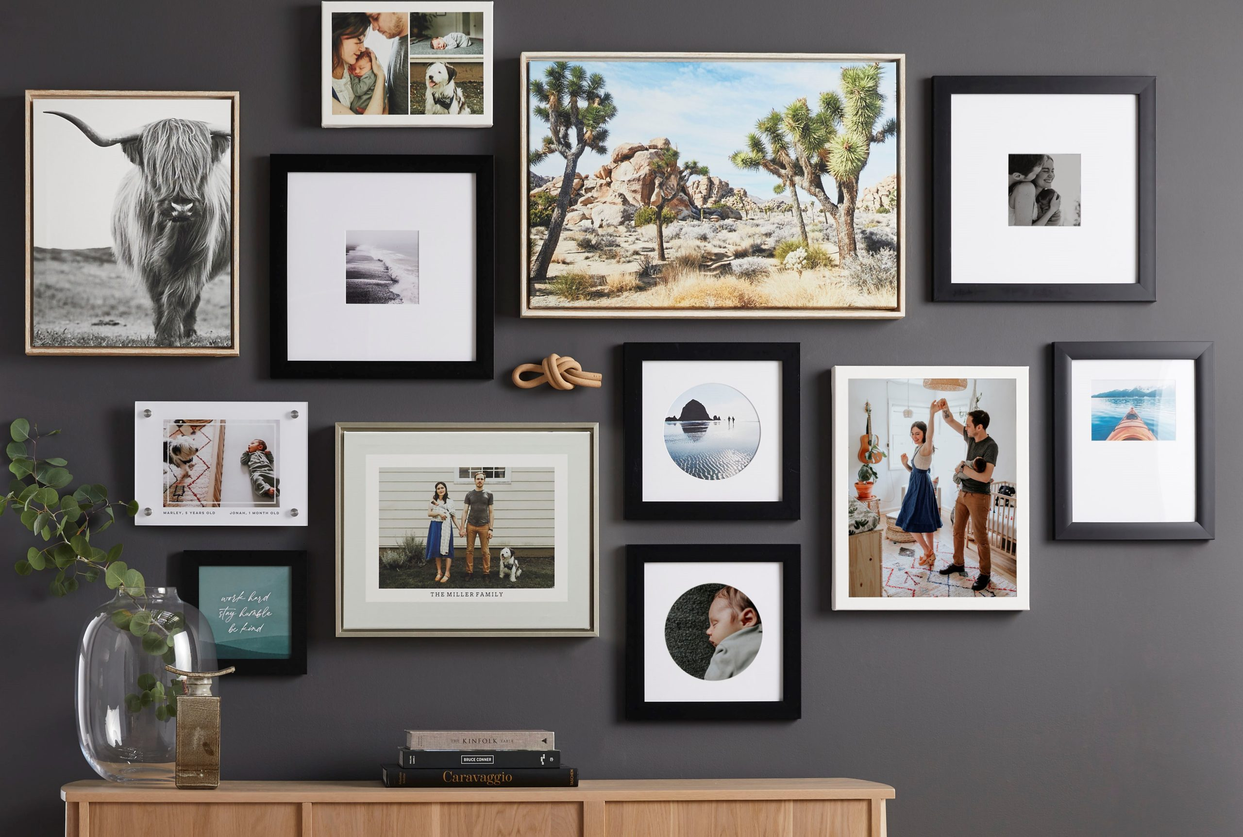 Canvas wall art pieces with vertical and horizontal pieces