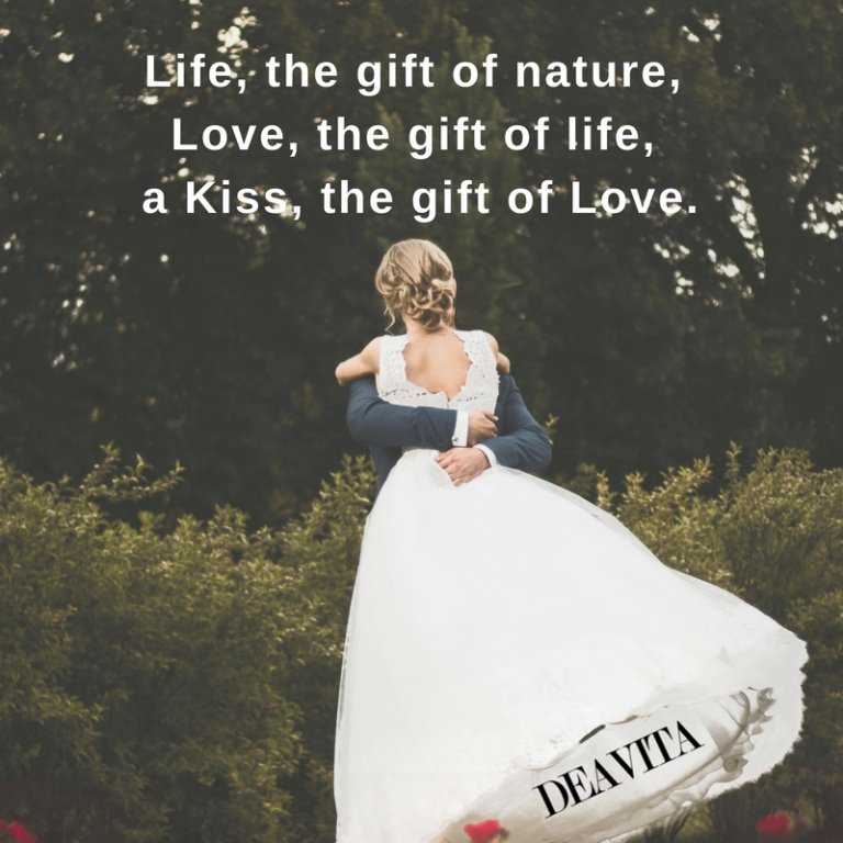 Life love kiss quotes with images romantic text messages